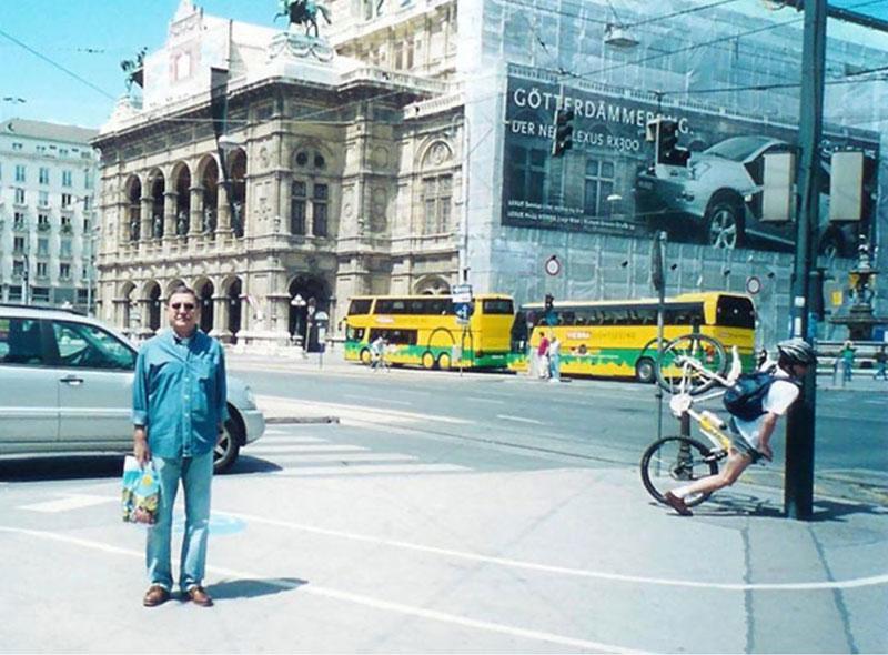 perfect timing bike crash