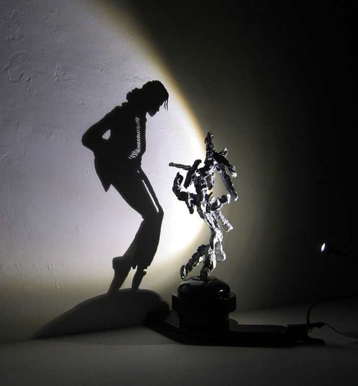 shadow art diet wiegman 11 Anamorphic Sculptures Made with Algorithms