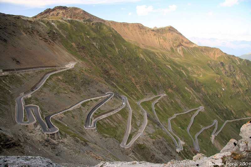 stelvio-pass-eastern-alps-italy