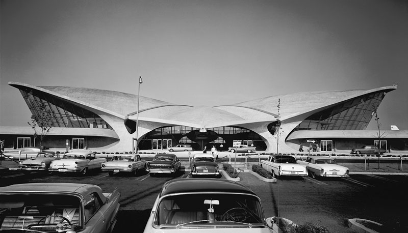 TWA-Terminal-at-Idlewild-(now-JFK)-Airport,-Eero-Saarinen,-New-York,-NY,-1962-ezra-stoller
