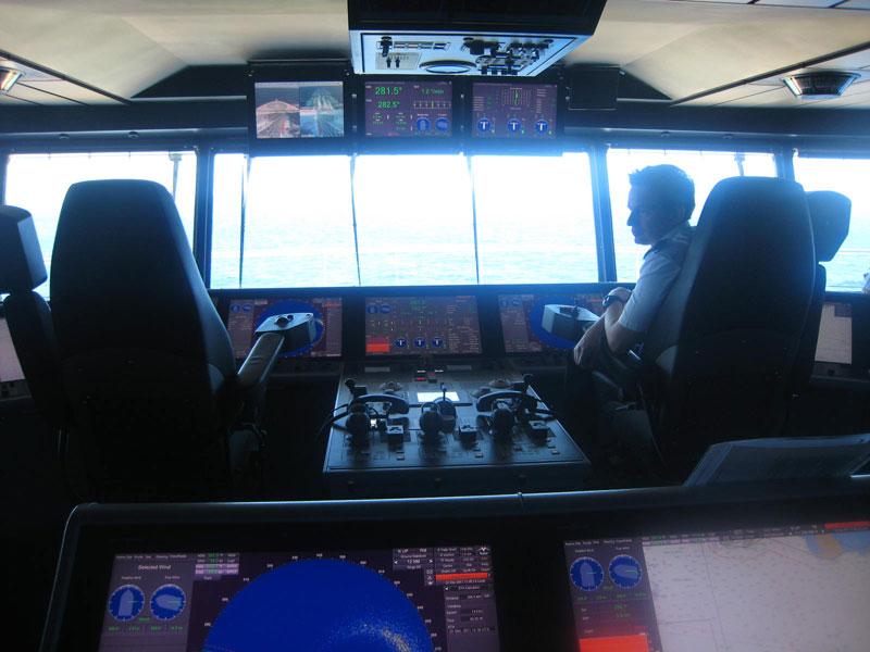 allure of the seas captain deck (4)