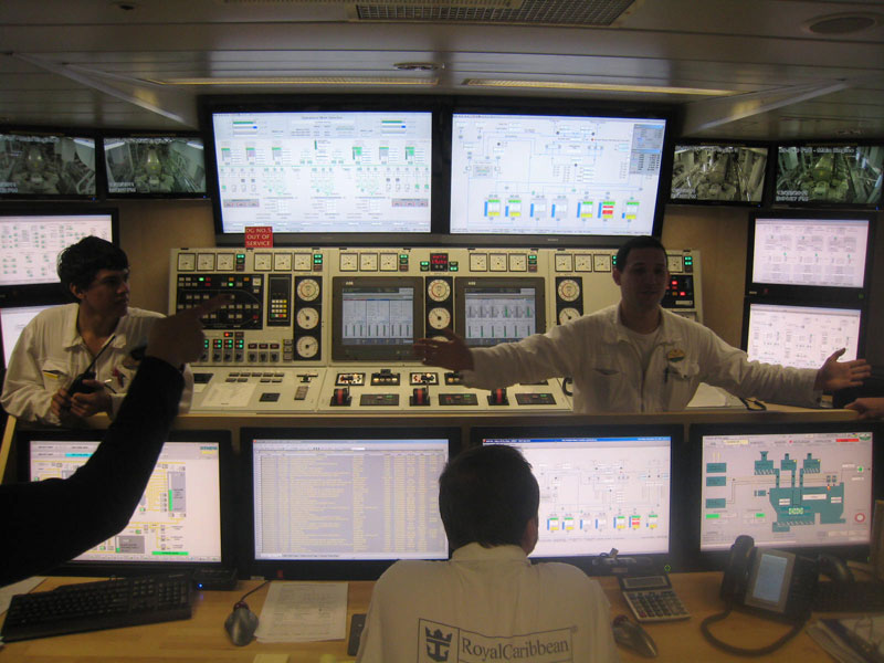 allure of the seas engine room (1)