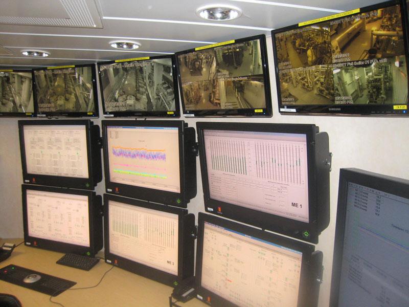 allure of the seas engine room (3)