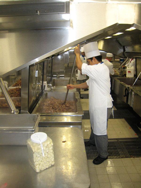 allure of the seas kitchen (6)