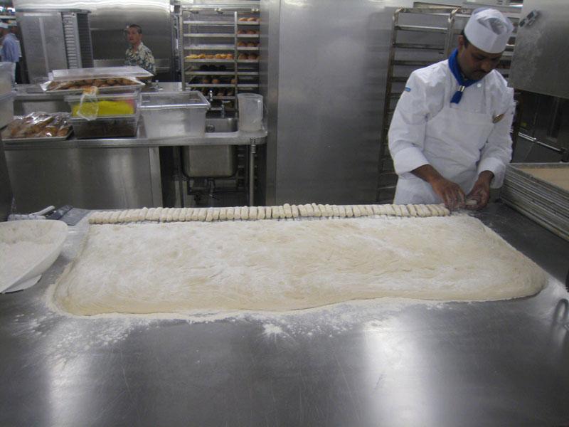 allure of the seas kitchen (8)