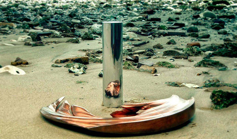anamoprhic sculpture jonty hurwitz yogi credit crunch copper and chrome (2)