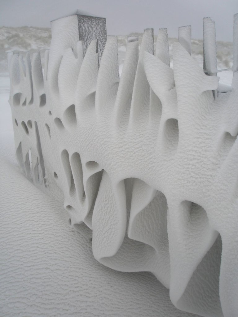 Picture of the Day: Artistic Snowdrift