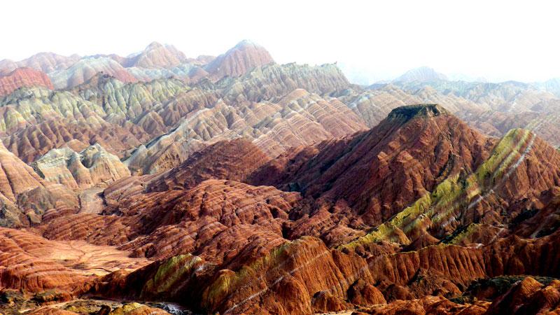 அன்றாடம் அசத்தல் படங்கள்  - Page 19 China-danxia-landform
