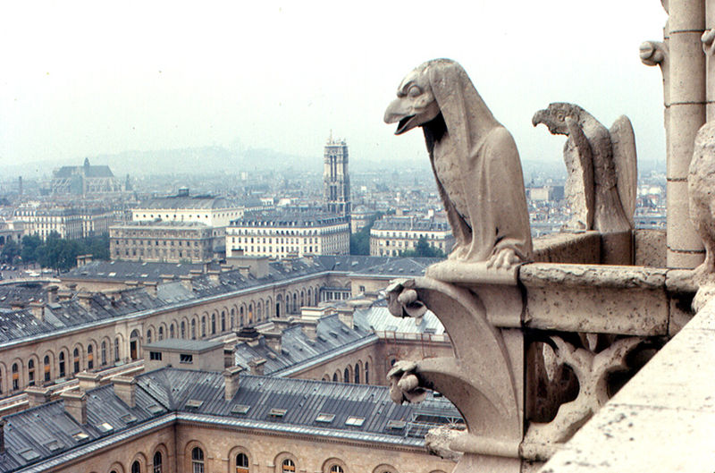 Gargoyles_of_Notre_Dame_