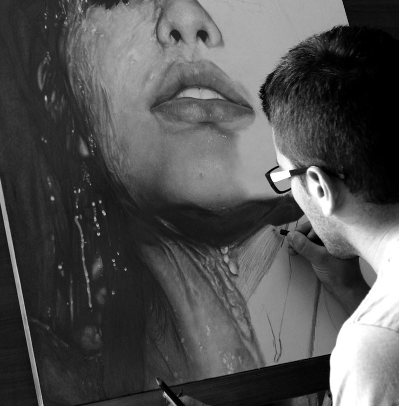 http://twistedsifter.files.wordpress.com/2013/04/hyperrealistic-pencil-portraits-by-diegokoi-art-6.jpg