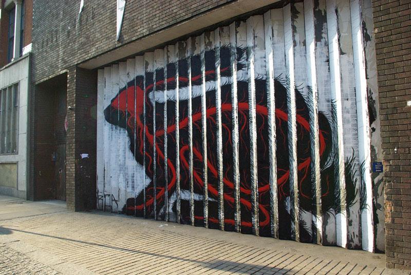 lenticular bunny rabbit street art by roa london 2009 (3)