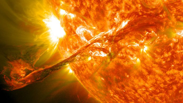Magnificent_CME_Erupts_on_the_Sun_-_August_31