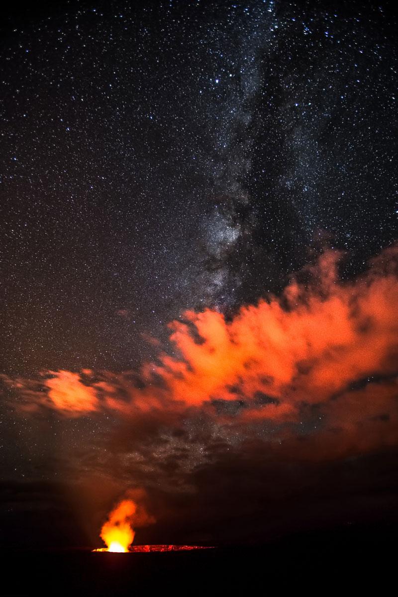 Milkyway-Over-Halema-uma-u-Crater