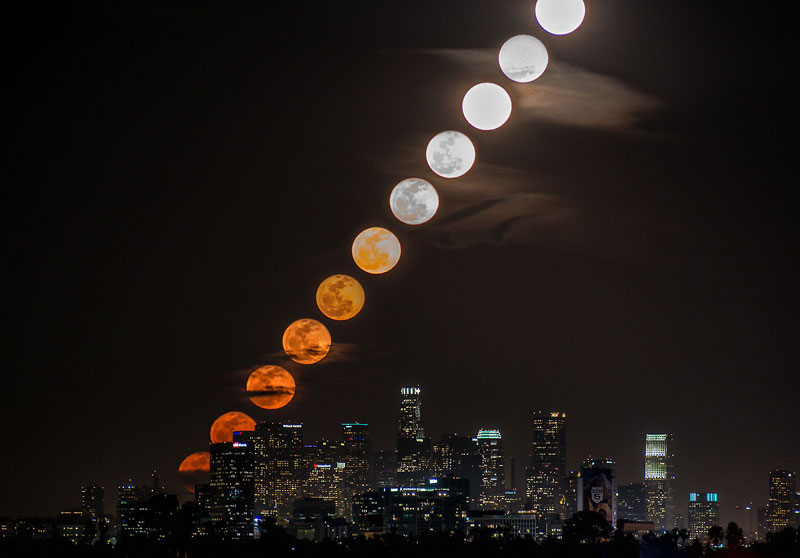 moonrise timelapse over la The Top 75 Pictures of the Day for 2013