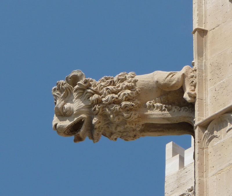 Palma_de_Mallorca_Llotja_gargoyle