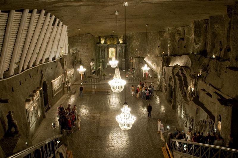 poland s underground salt cathedral twistedsifter. Black Bedroom Furniture Sets. Home Design Ideas