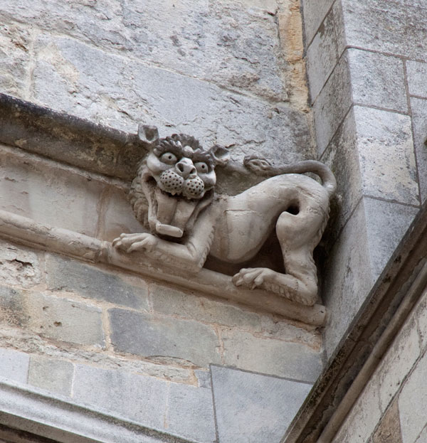 Winchester_Cathedral_Gargoyle