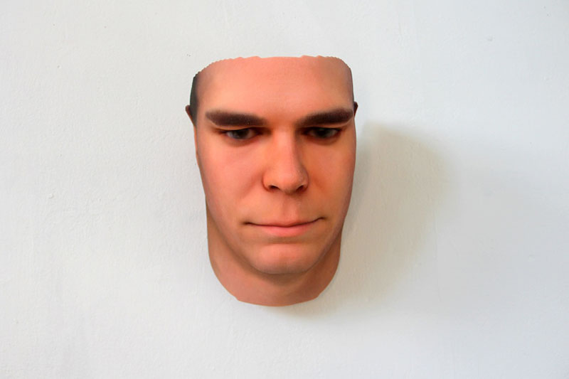 3d faces made from dna from discarded objects heather dewey-hagborg stranger visions (1)
