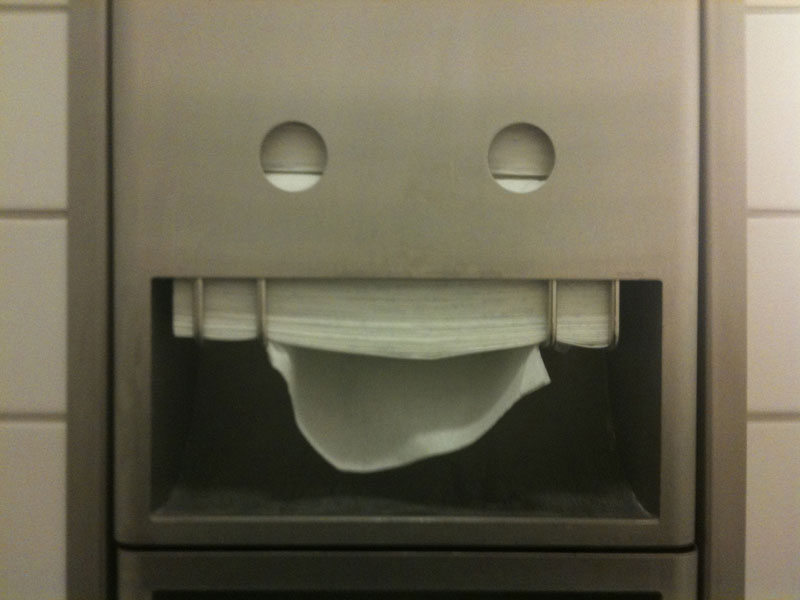 paper-towel-face
