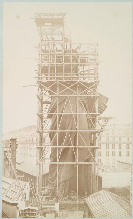 rare photos statue of liberty under construction 1883 (10)