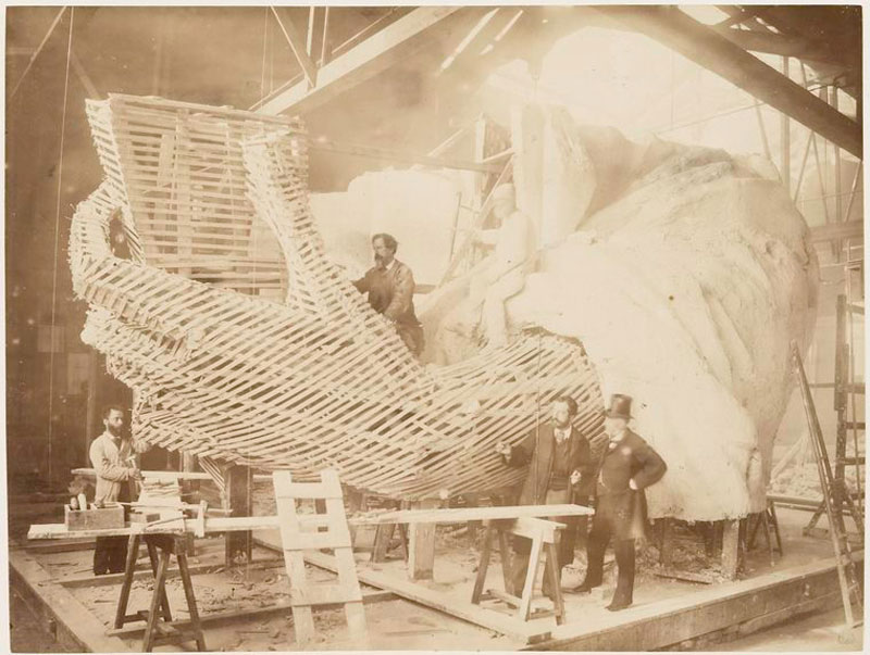 rare photos statue of liberty under construction 1883 (5)