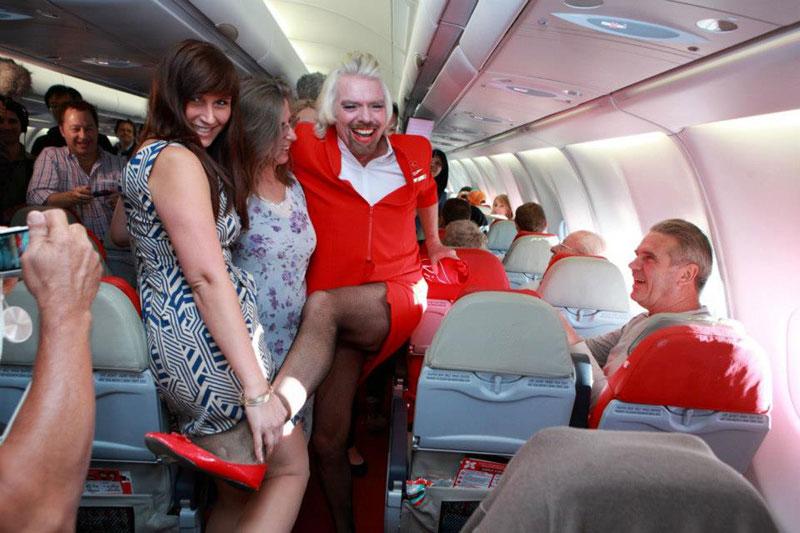 richard branson loses bet dresses as a female stewardess (11)