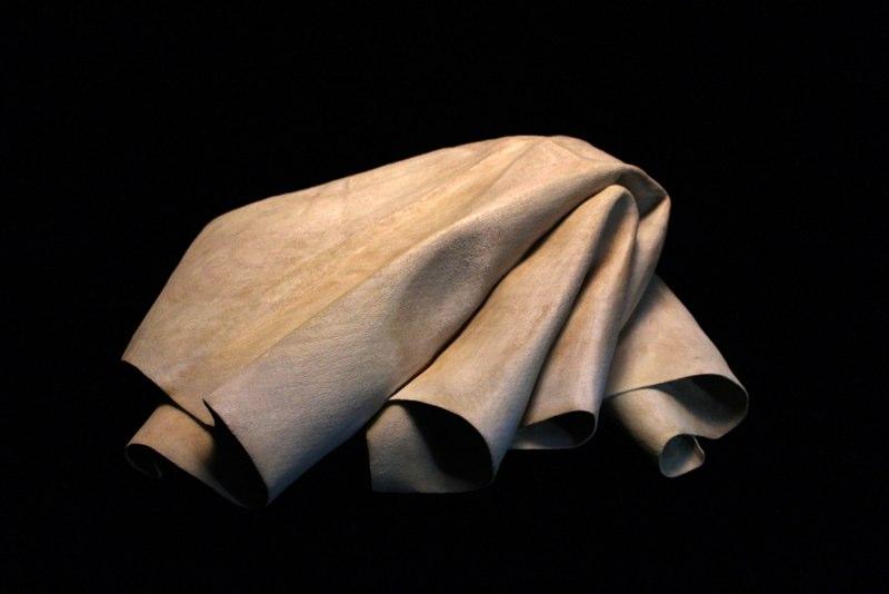 tom eckert wood cloth sculptures hyperrealistic (17)