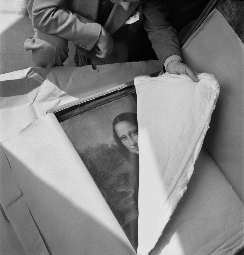 unveiling the mona lisa world war 2 louvre Repairing a $12 Million Monet After It Has Been Punched