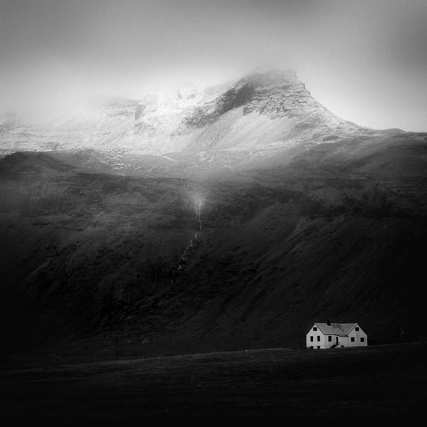 black and white photo tour of iceland peter zeglis (15)