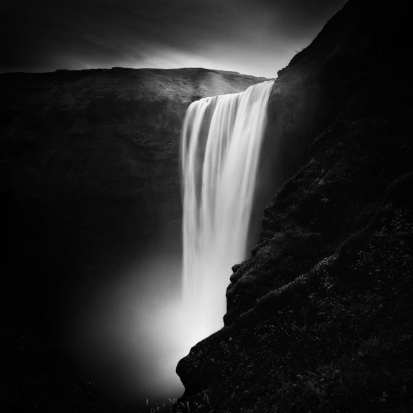 black and white photo tour of iceland peter zeglis (2)