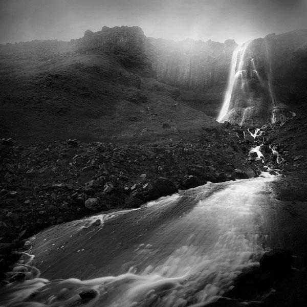 black and white photo tour of iceland peter zeglis (6)