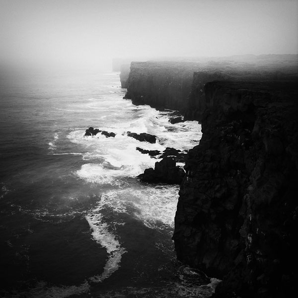 black and white photo tour of iceland peter zeglis (8)