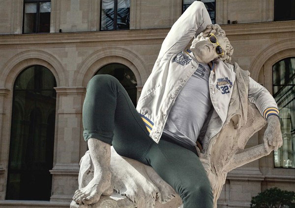 classic statues in modern clothes leo caillard alexis persani (3)