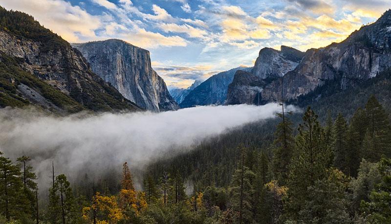 entrance-to-yosemite-national-park-california
