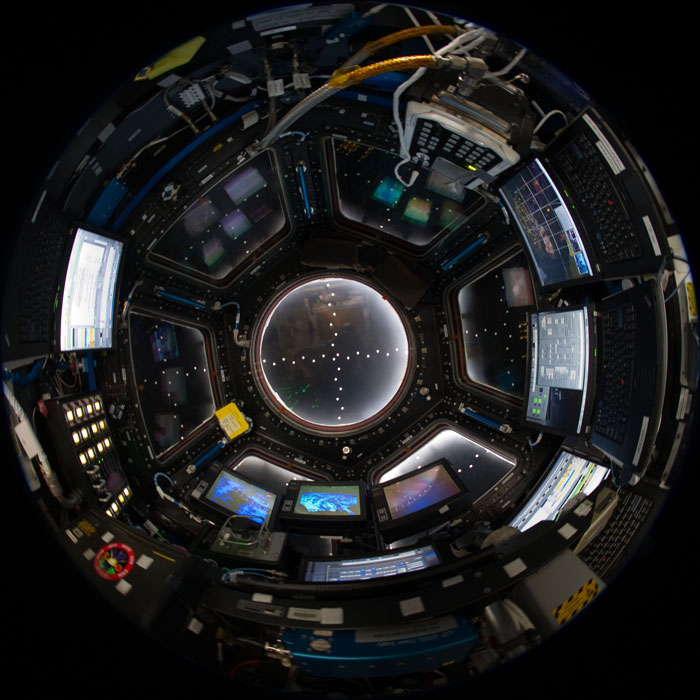 iss cupola the window to the world (5)
