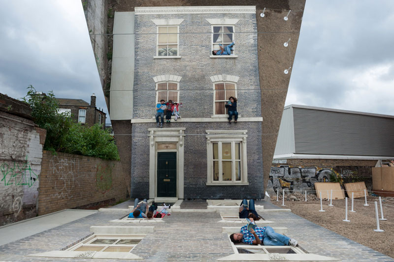 leandro erlich dalston house barbican 1 A Transparent Cabin of Wood and Mirrors on a Desert Landscape