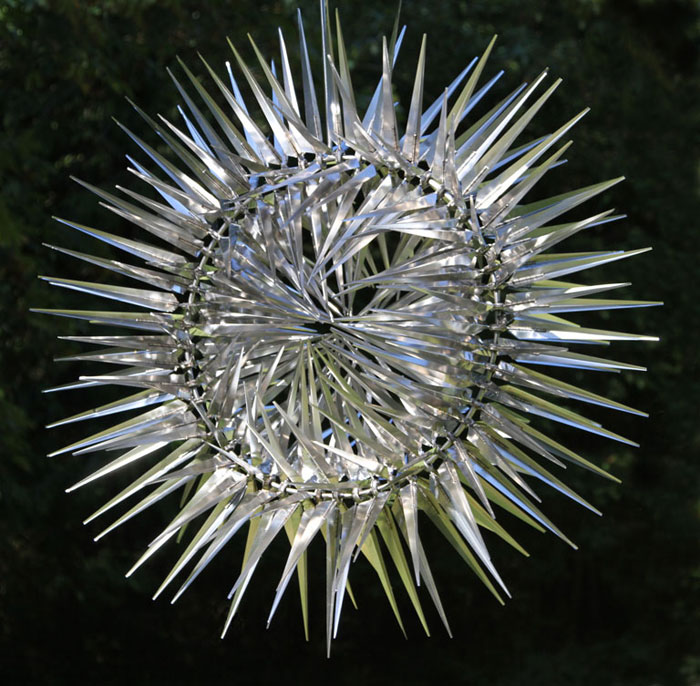 spines kinetic wind sculpture by anthony howe