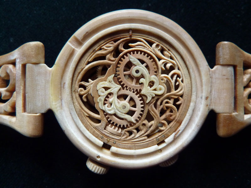 functional watches made out of wood by Valerii Danevych (6)