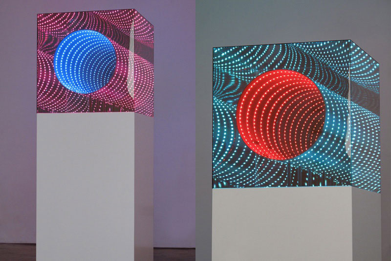 Infinite Artworks Made With Plexiglas Mirrors And Leds