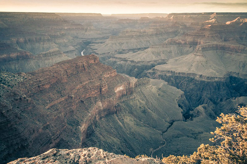 manhattan new york inside the grand canyon by gus petro (1)