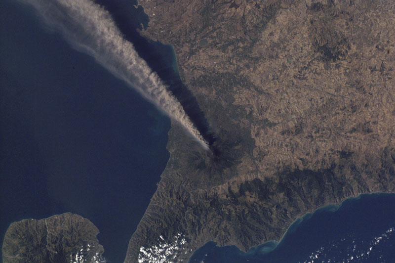 mt etna sicily italy volcano from space aerial nasa