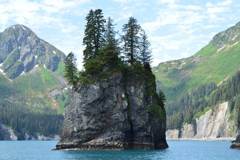 Picture of the Day: Spire Cove, Alaska