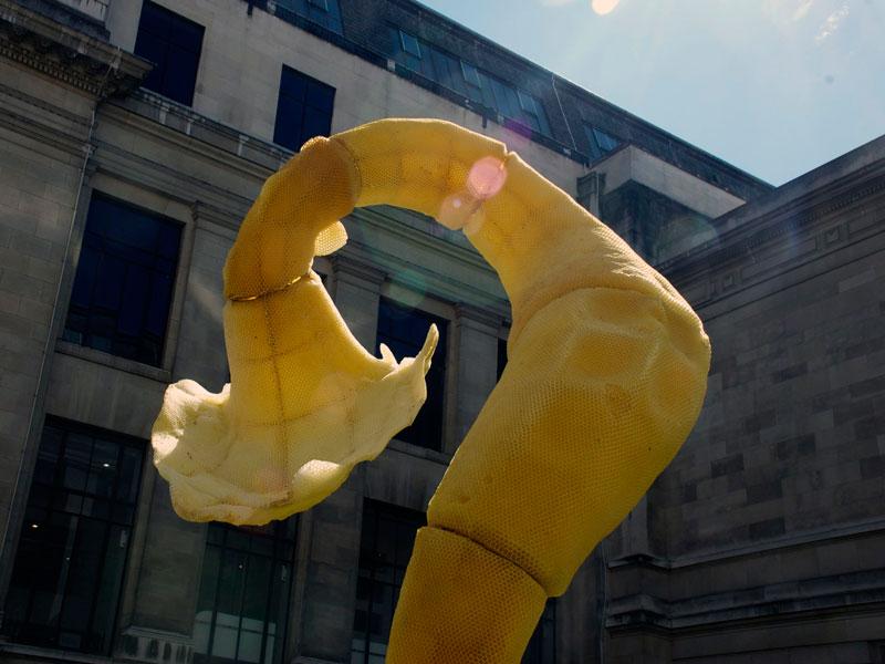 tomas libertiny the agreement beeswax sculpture (3)