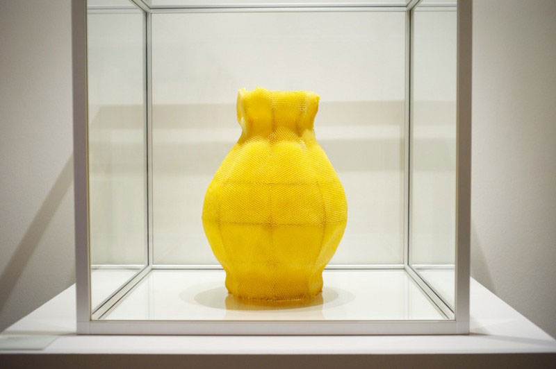 vessel 1 beeswax sculpture honeybee printing tomas livertiny