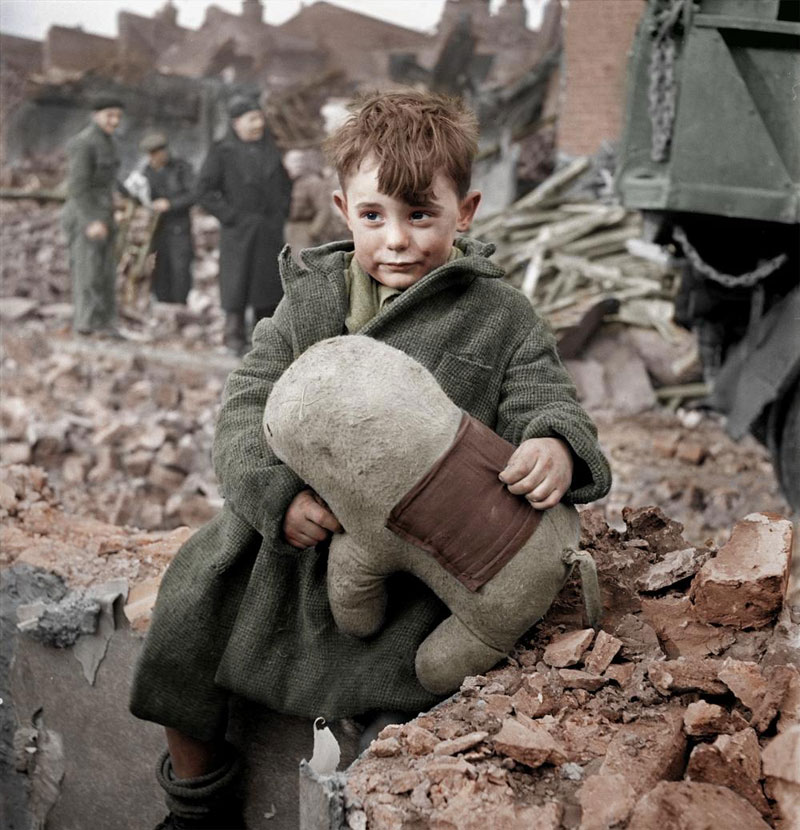 Abandoned-boy-holding-a-stuffed-toy-animal