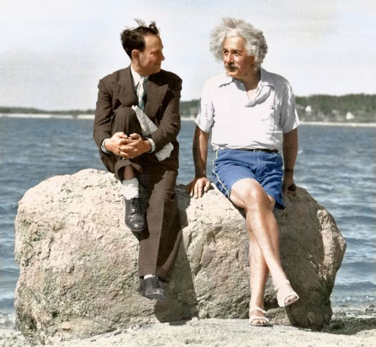 Albert-Einstein,-summer-1939---Nassau-Point,-Long-Island,-NY-edvos