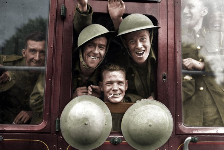British-troops-cheerfully-board-their-train-for-the-first-stage-of-their-trip-to-the-western-front---England,-September-20,-1939-benafleckisanokactor