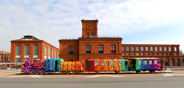 crocheted locomotive lodz poland by artist olek (5)