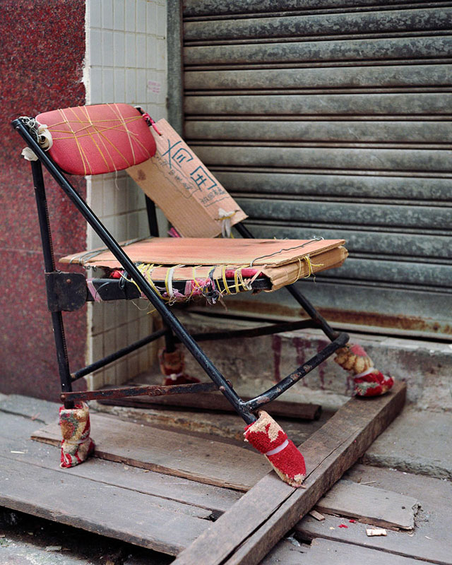 homemade chairs on the streets of china michael wolf (11)