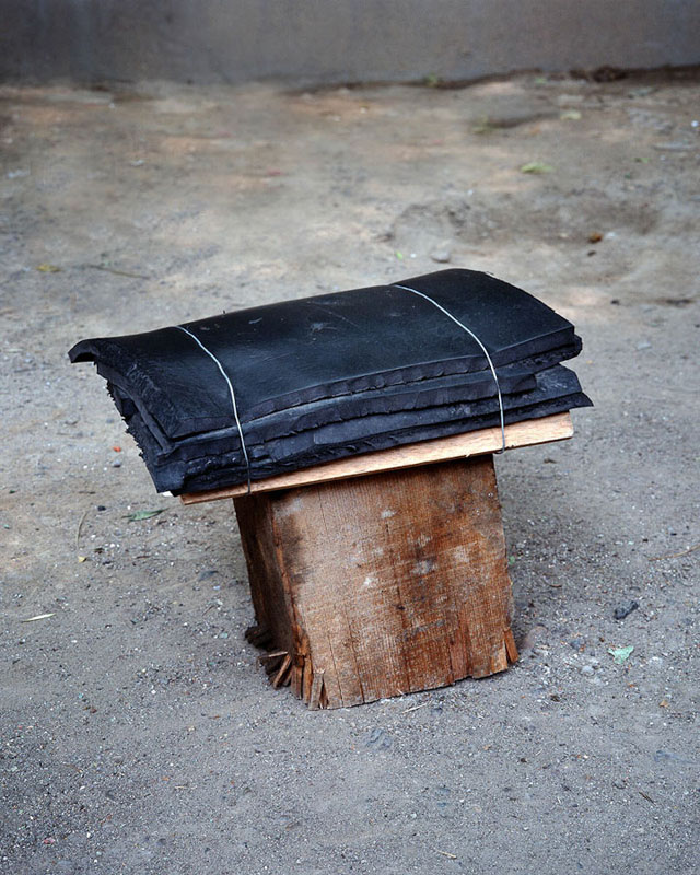 homemade chairs on the streets of china michael wolf (7)